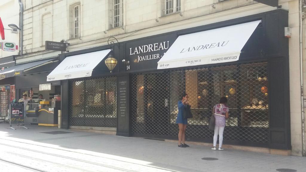 56d05dc7251a47 LANDREAU JOAILLIER DIAMANTAIRE - Bijoux, 14 rue d Alsace 49000 ...