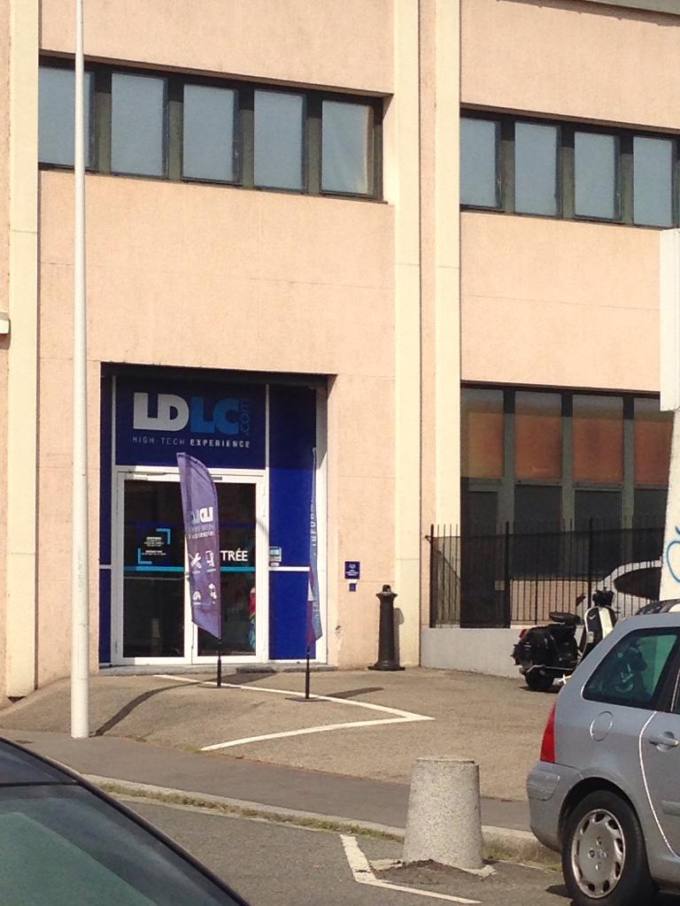ldlc com vente de t l phonie 22 rue gare 69009 lyon. Black Bedroom Furniture Sets. Home Design Ideas