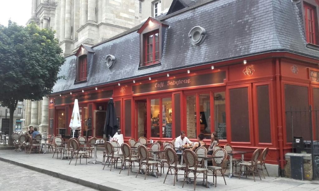 le caf babylone restaurant 12 rue des dames 35000 rennes adresse horaire. Black Bedroom Furniture Sets. Home Design Ideas