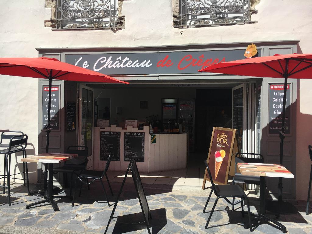 Le Chateau De Crepes Restaurant 5 Rue Du General Passaga 85330