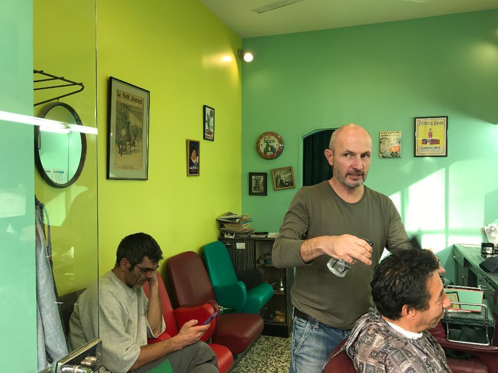 Cherche coiffeur homme alger