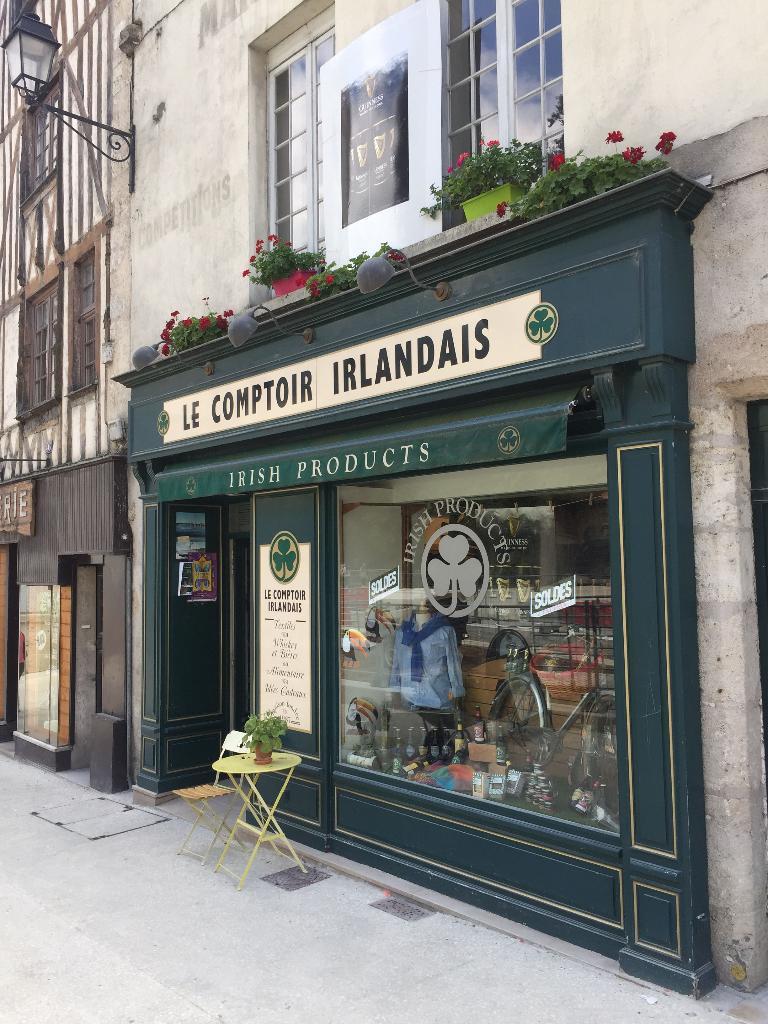 Le comptoir irlandais caviste 48 rue denis papin 41000 blois adresse horaire - Comptoir irlandais tours ...