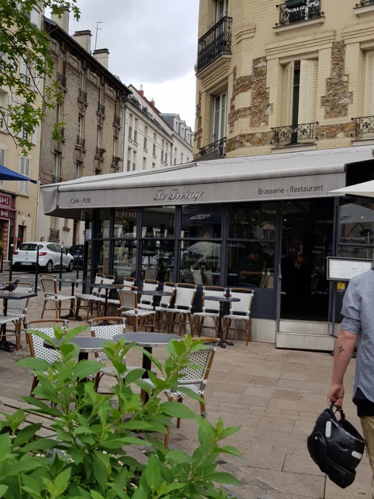 le living restaurant 4 avenue ren samuel 92140 clamart adresse horaire. Black Bedroom Furniture Sets. Home Design Ideas
