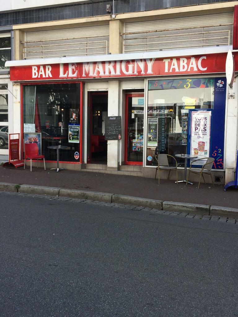 Le marigny restaurant 59 rue mar chal foch 56100 - Comptoir irlandais lorient ...