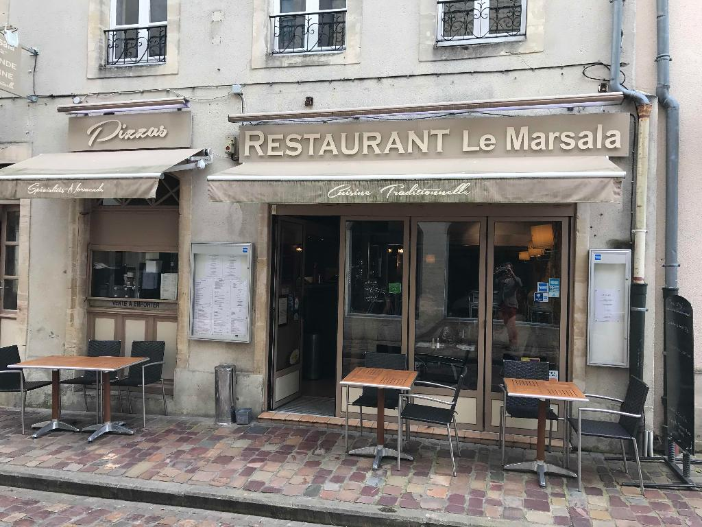 le marsala restaurant 17 rue cuisiniers 14400 bayeux adresse horaire. Black Bedroom Furniture Sets. Home Design Ideas