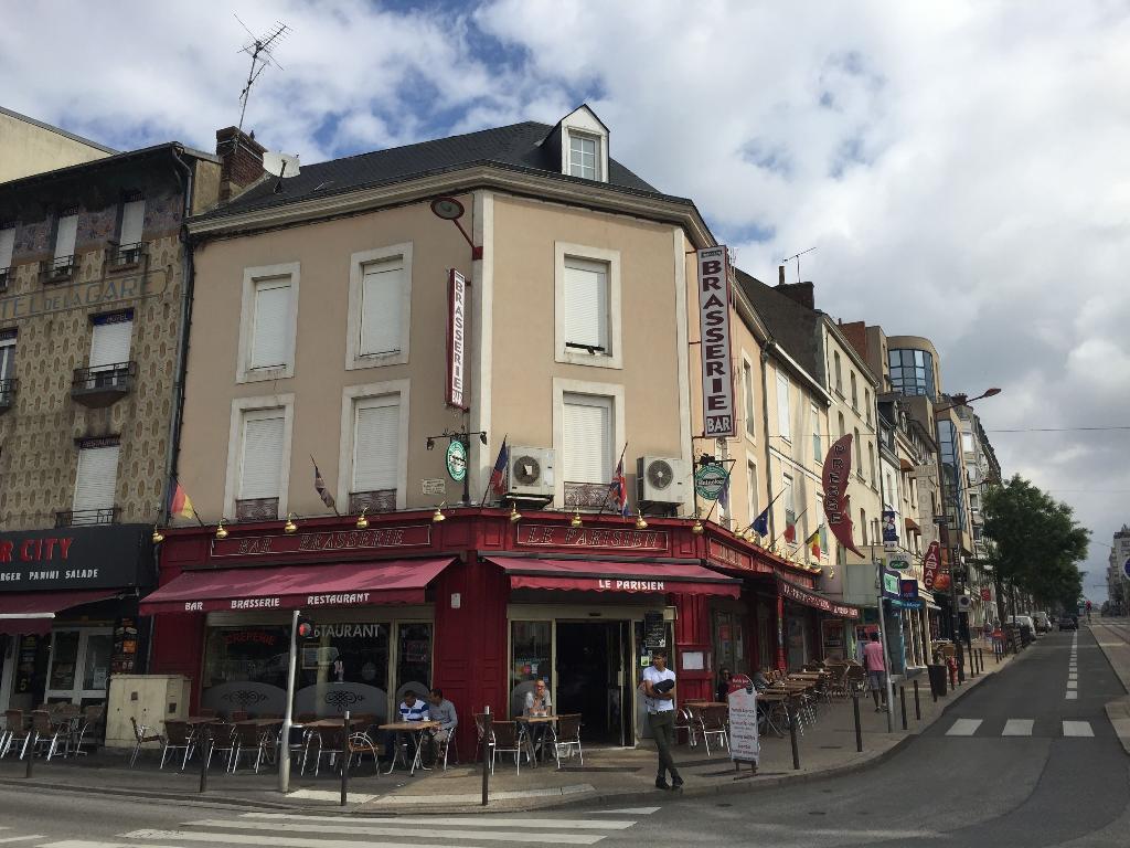 le parisien restaurant 33 boulevard robert jarry 72000 le mans adresse horaire. Black Bedroom Furniture Sets. Home Design Ideas