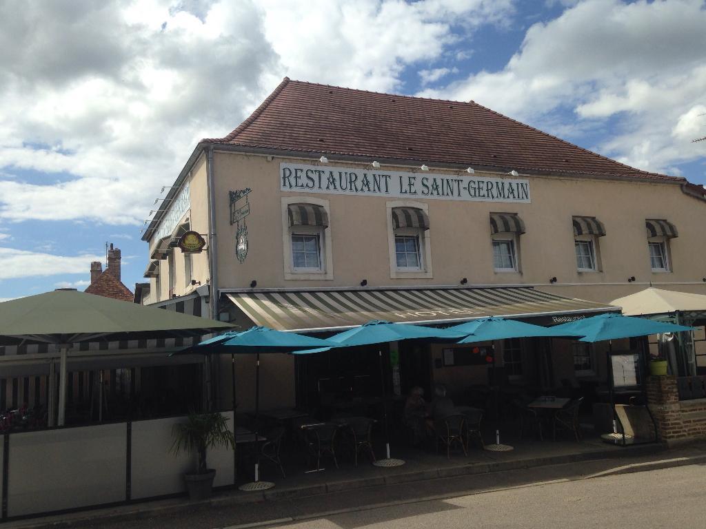 Le Saint Germain H u00f4tel, 32 place du Marché 71330 Saint germain du bois Adresse, Horaire # Restaurant Saint Germain Du Bois