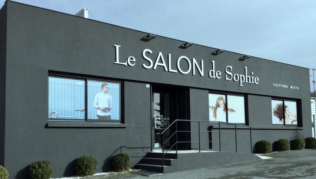 Le salon de sophie coiffeur 44 avenue aristide briand for Salon de ja