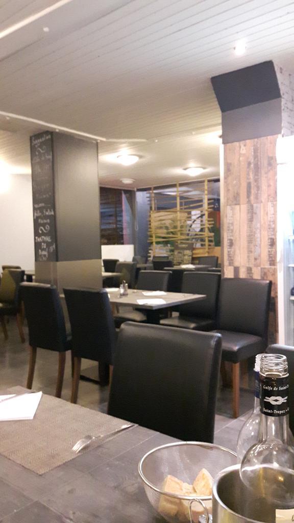 le vinci caf bar 1 boulevard perche 17200 royan. Black Bedroom Furniture Sets. Home Design Ideas