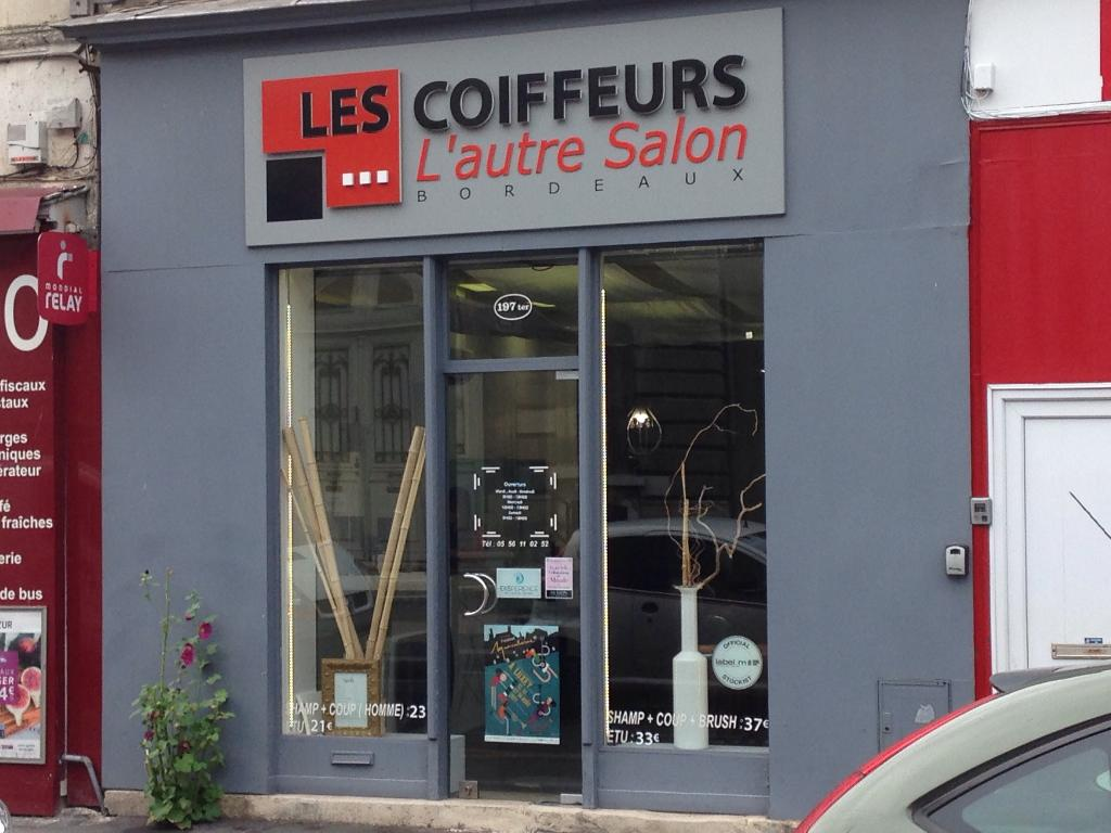 les coiffeurs l 39 autre salon coiffeur 197 ter rue georges bonnac 33000 bordeaux adresse. Black Bedroom Furniture Sets. Home Design Ideas