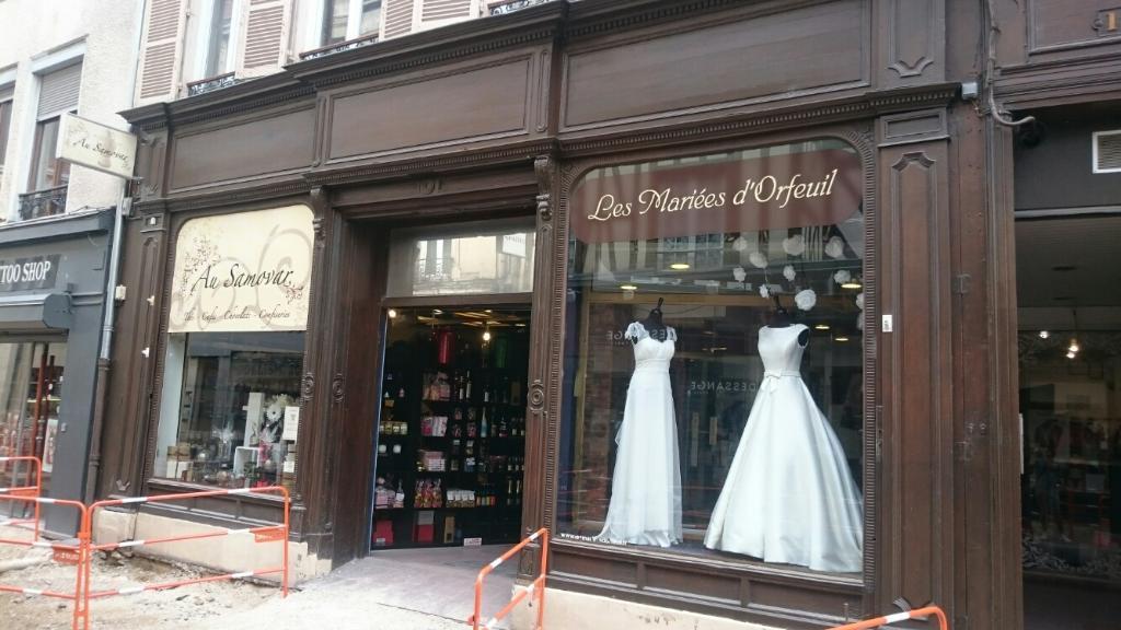 les mariees d orfeuil robes de mari es 12 rue d 39 orfeuil. Black Bedroom Furniture Sets. Home Design Ideas