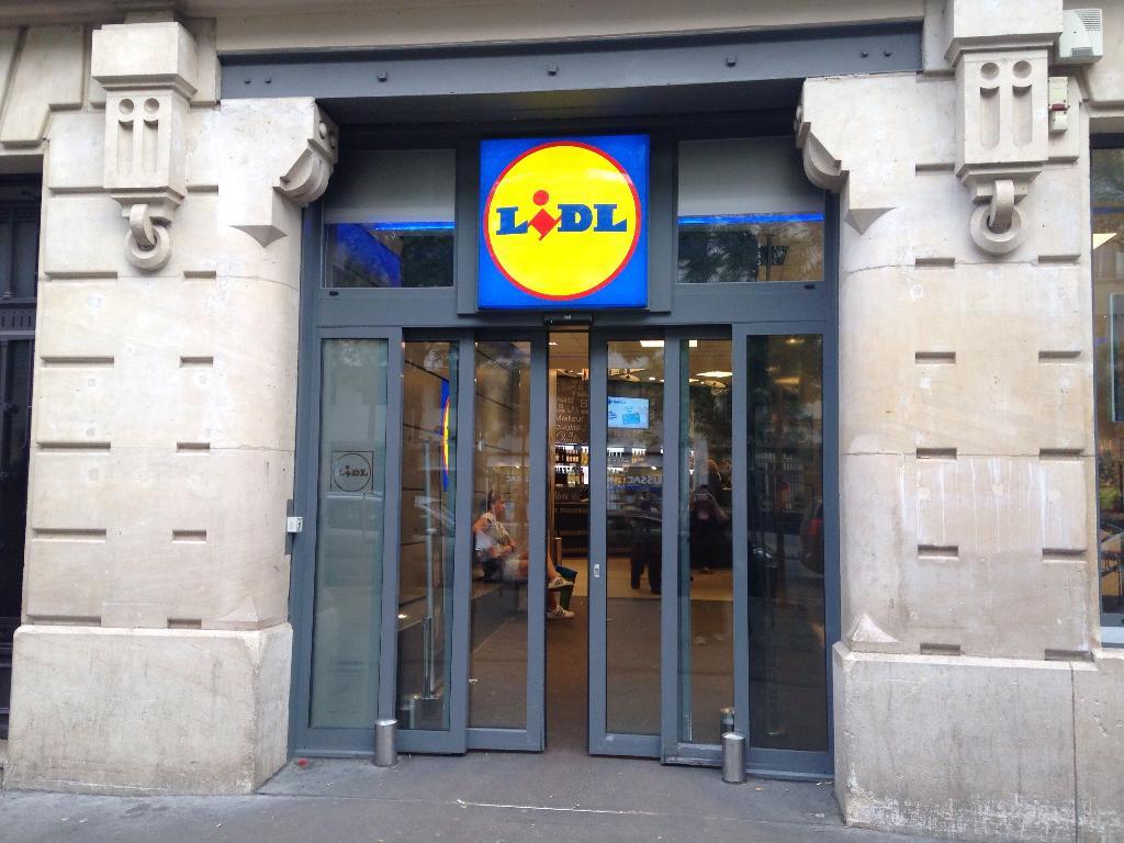 Lidl supermarch hypermarch 205 avenue versailles 75016 paris adresse horaire - Lidl porte d orleans horaires ...