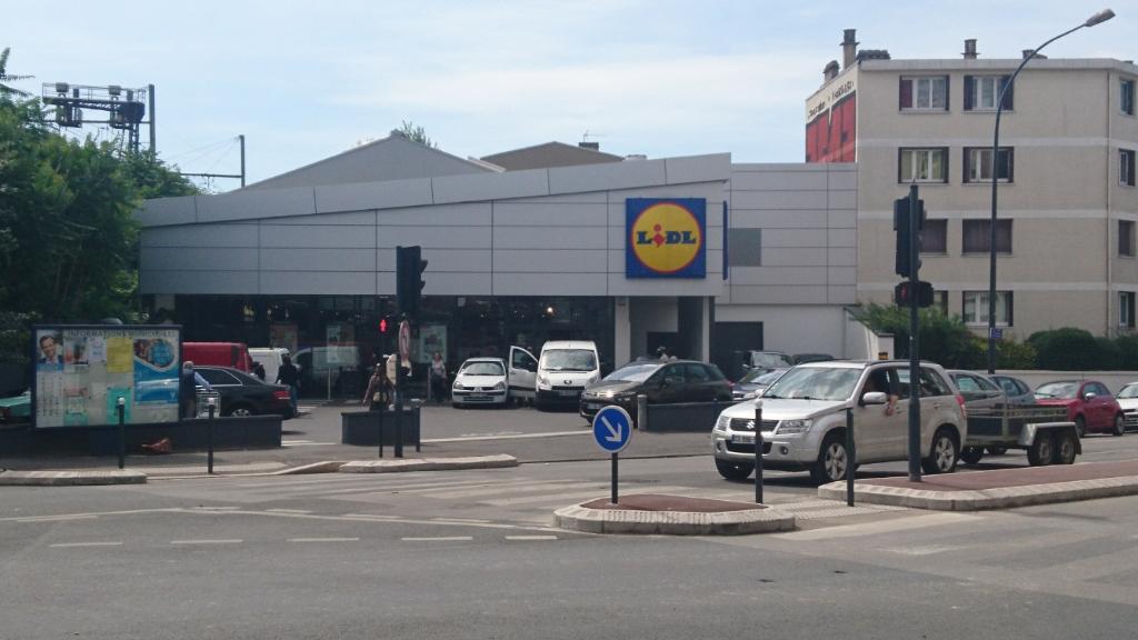 Lidl supermarch hypermarch 1 avenue paix 92140 clamart adresse horaire - Lidl porte d orleans horaires ...