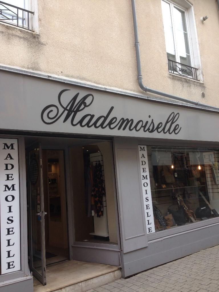 mademoiselle chaussures 10 rue toupot de b veaux 52000 chaumont adresse horaire. Black Bedroom Furniture Sets. Home Design Ideas