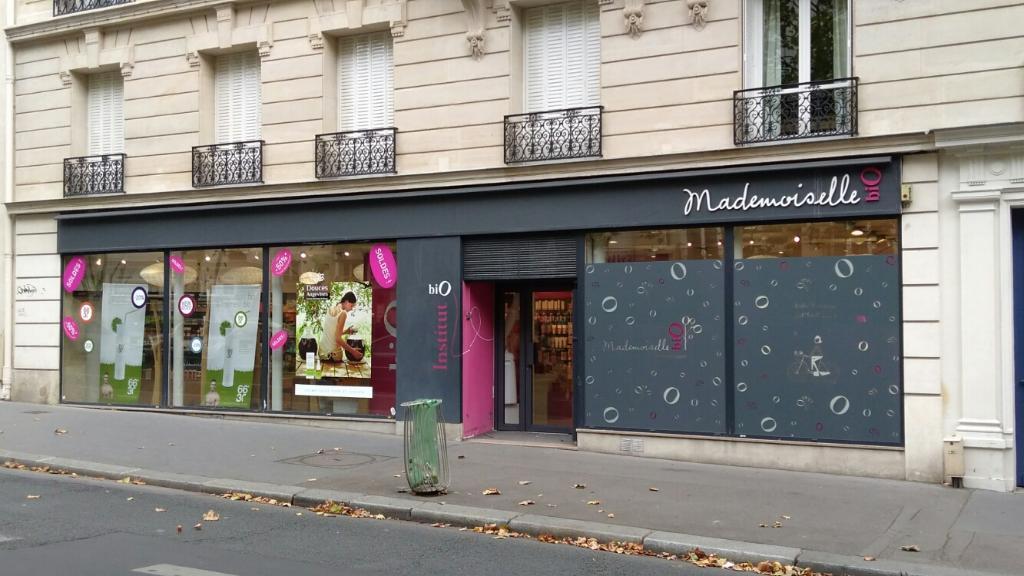 mademoiselle bio magasin de cosm tiques 126 boulevard raspail 75006 paris adresse horaire. Black Bedroom Furniture Sets. Home Design Ideas