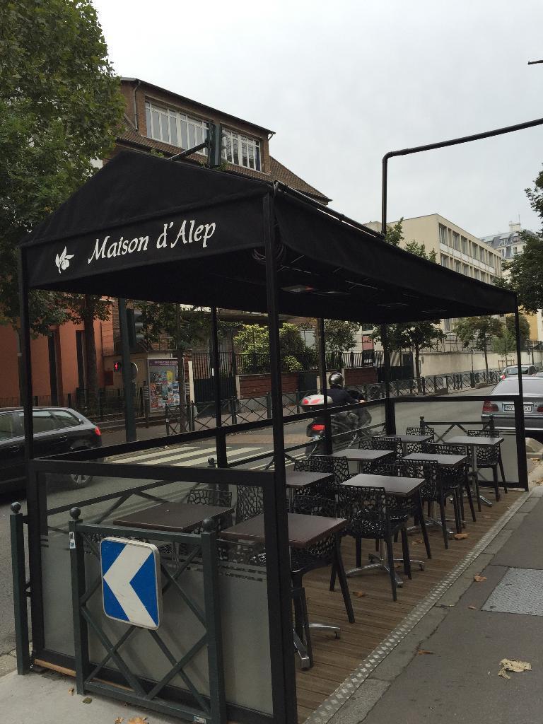 maison d 39 alep restaurant 65 avenue de la marne 92600 asni res sur seine adresse horaire. Black Bedroom Furniture Sets. Home Design Ideas