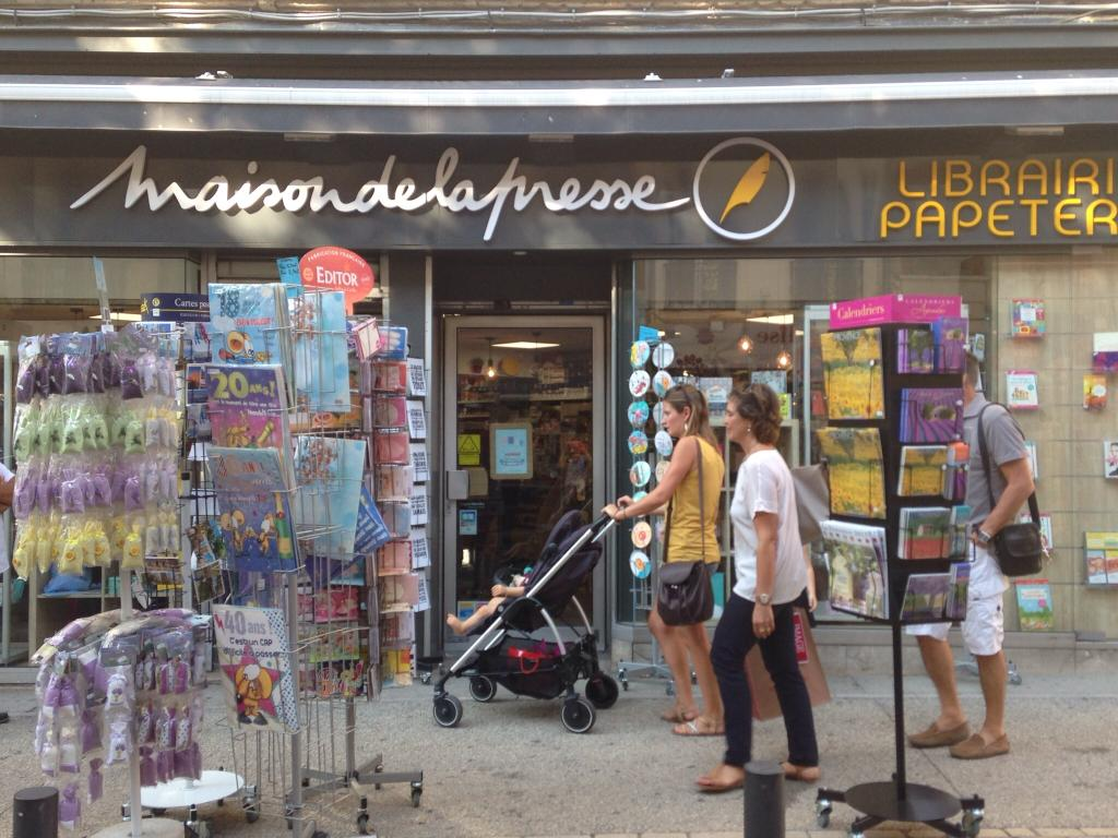 Maison de la presse journaux presse et magazines 183 for Cours anglais salon de provence