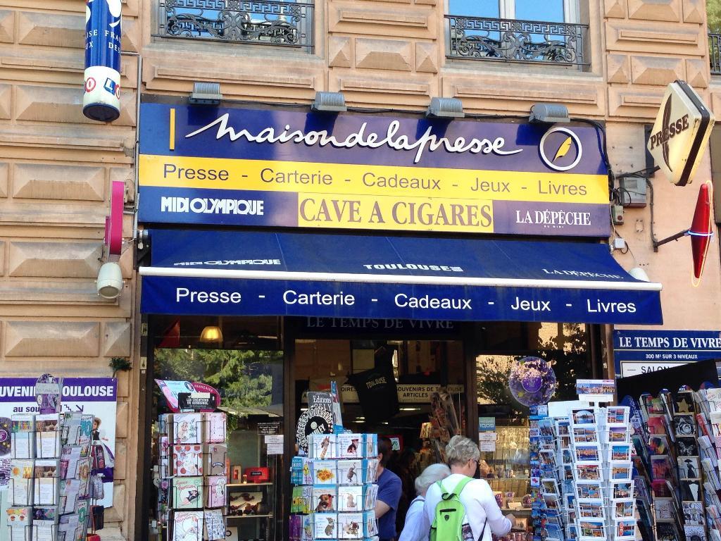 Bureaux de tabac horaire civette beaugrenelle bureau de tabac rue linois paris le chatelet des - Bureau de tabac montpellier ...