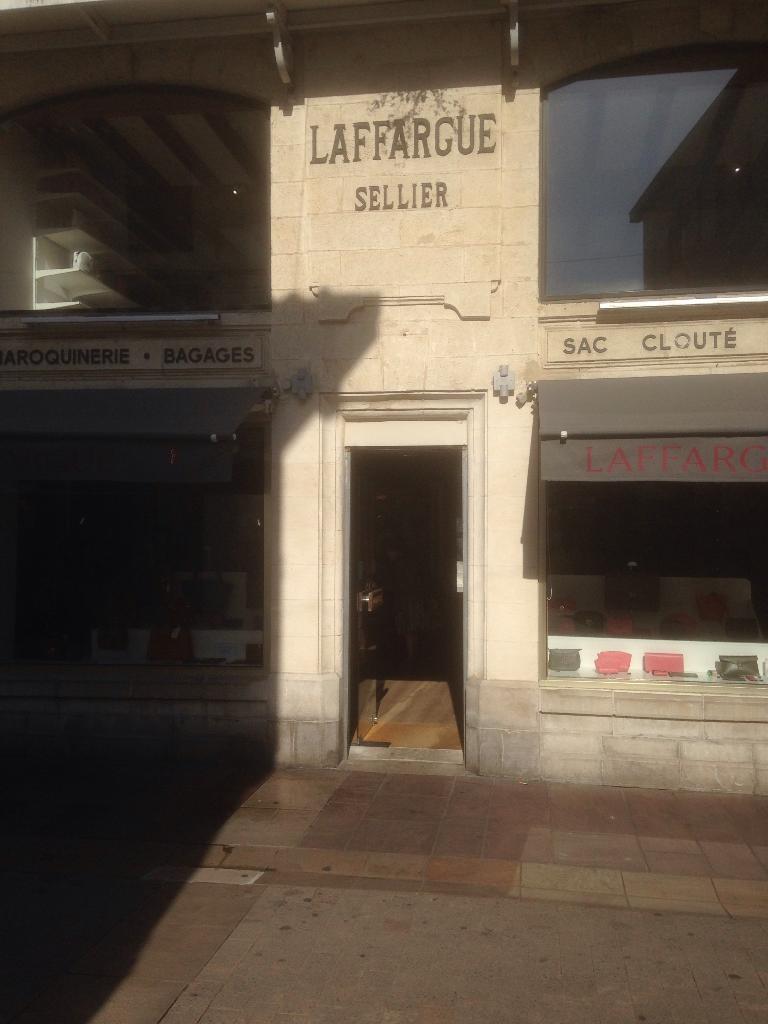 af4bdf1cbfde Maison Laffargue - Maroquinerie, 25 rue Gambetta 64500 Saint-jean-de ...