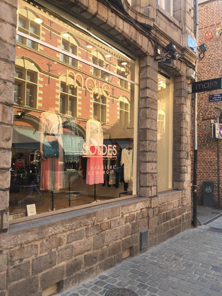 maison du monde rue gambetta lille gallery of rue des minutes gratuites pour effectuer un achat. Black Bedroom Furniture Sets. Home Design Ideas