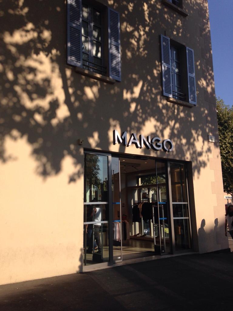 Mango france v tements femme 245 cours gimon 13300 for Horaires poste salon de provence