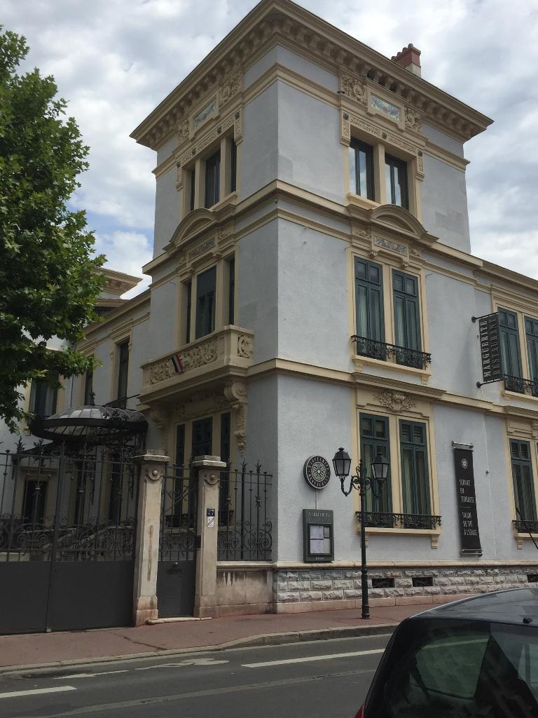 Villa Marguerite Lyon Parking