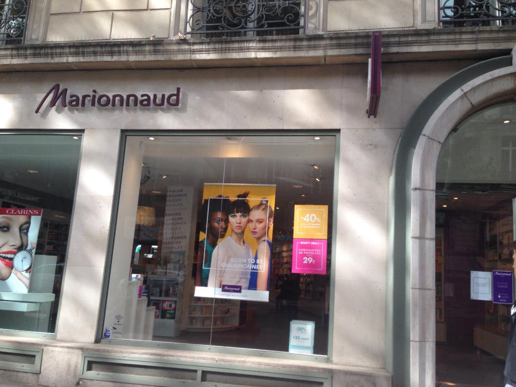 marionnaud parfumerie institut de beaut 94 rue saint lazare 75009 paris adresse horaire. Black Bedroom Furniture Sets. Home Design Ideas