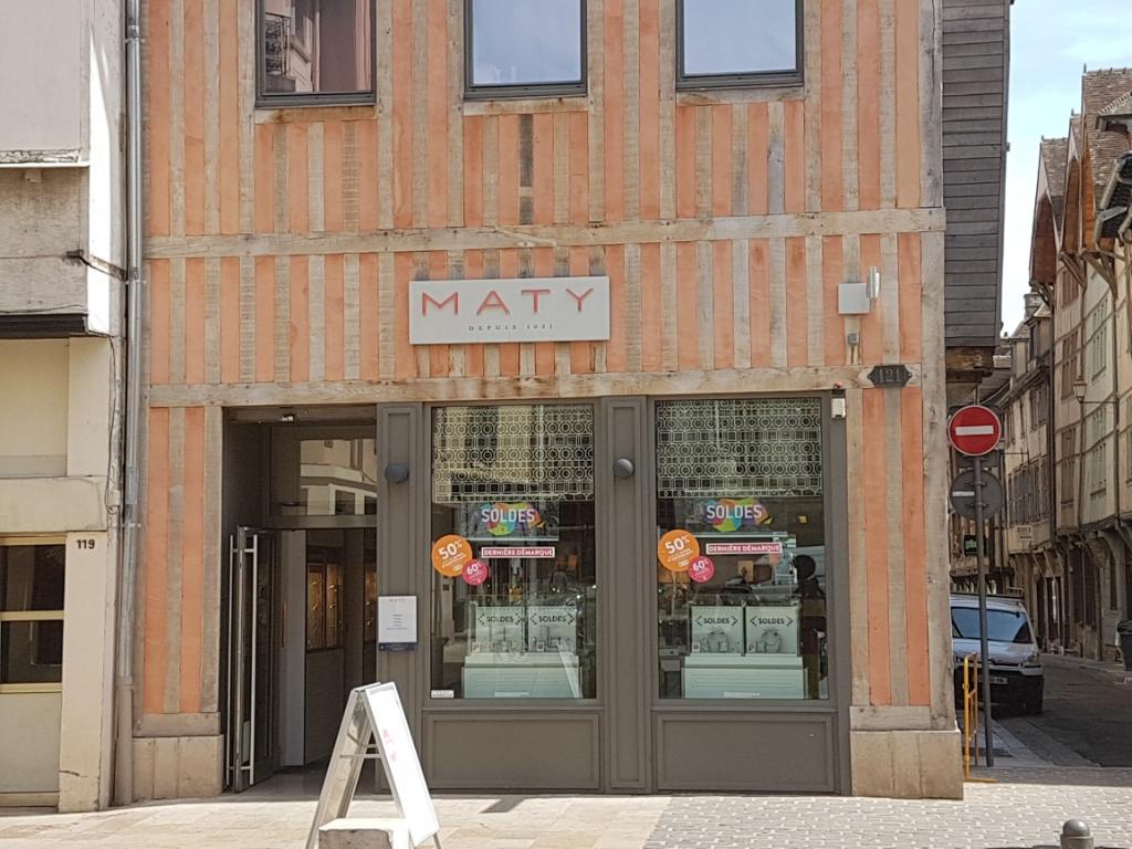 maty bijoux 121 rue emile zola 10000 troyes adresse horaire. Black Bedroom Furniture Sets. Home Design Ideas