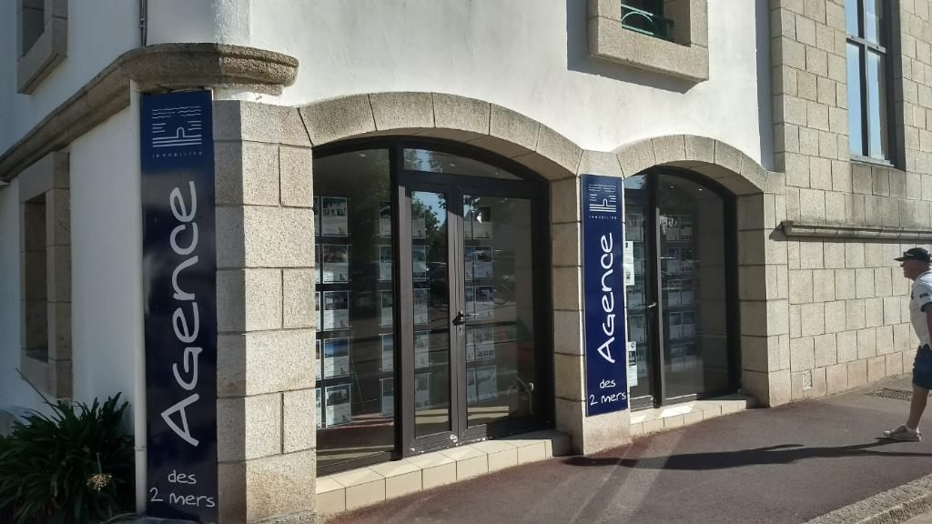 Agence des 2 mers agence immobili re 11 rue de port - Agence immobiliere port marianne ...