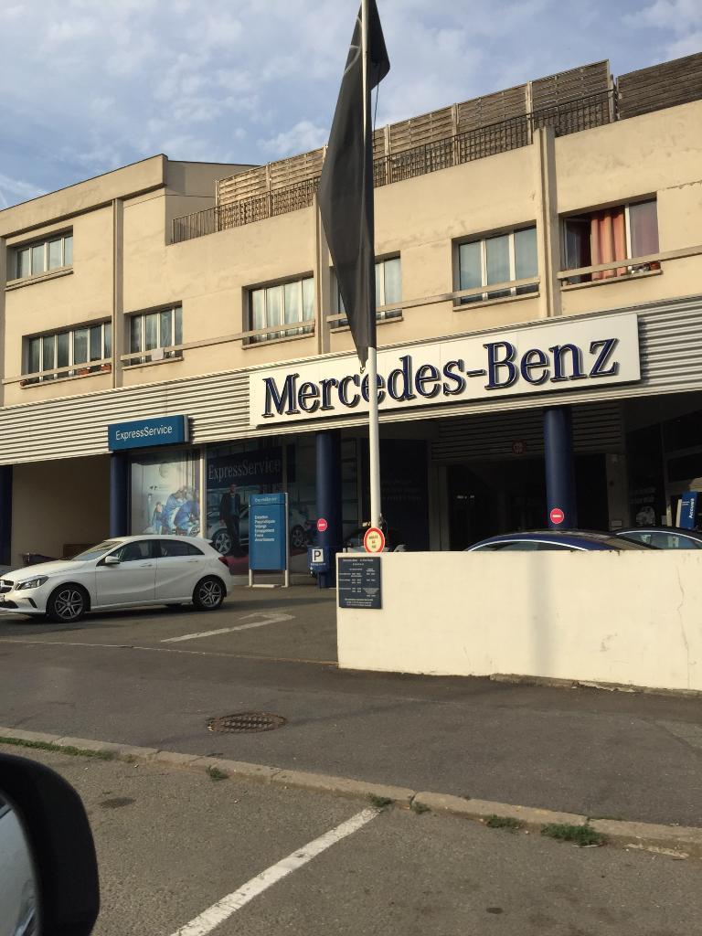 mercedes benz port marly garage automobile 10 avenue de saint germain 78560 le port marly. Black Bedroom Furniture Sets. Home Design Ideas