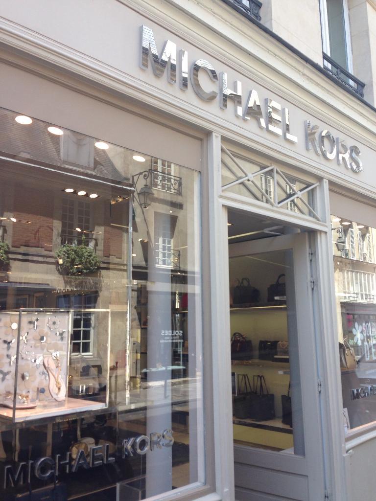 Michael Kors - Vêtements femme, 41 rue des Francs Bourgeois 75004 ... 728dbd87f6d