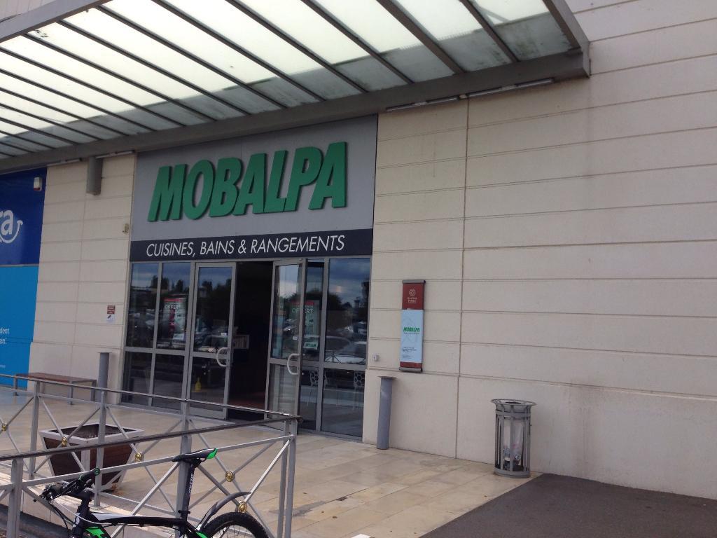 mobalpa plaisir magasin de meubles 90 avenue henri barbusse 78340 les clayes sous bois. Black Bedroom Furniture Sets. Home Design Ideas