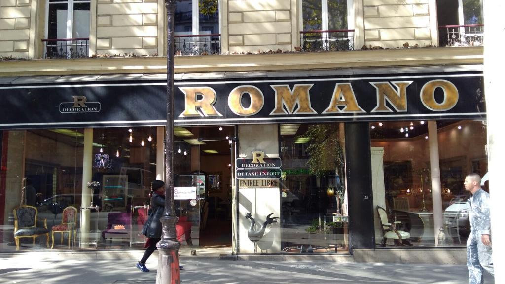 romano d coration magasin de meubles 41 boulevard barb s 75018 paris adresse horaire. Black Bedroom Furniture Sets. Home Design Ideas