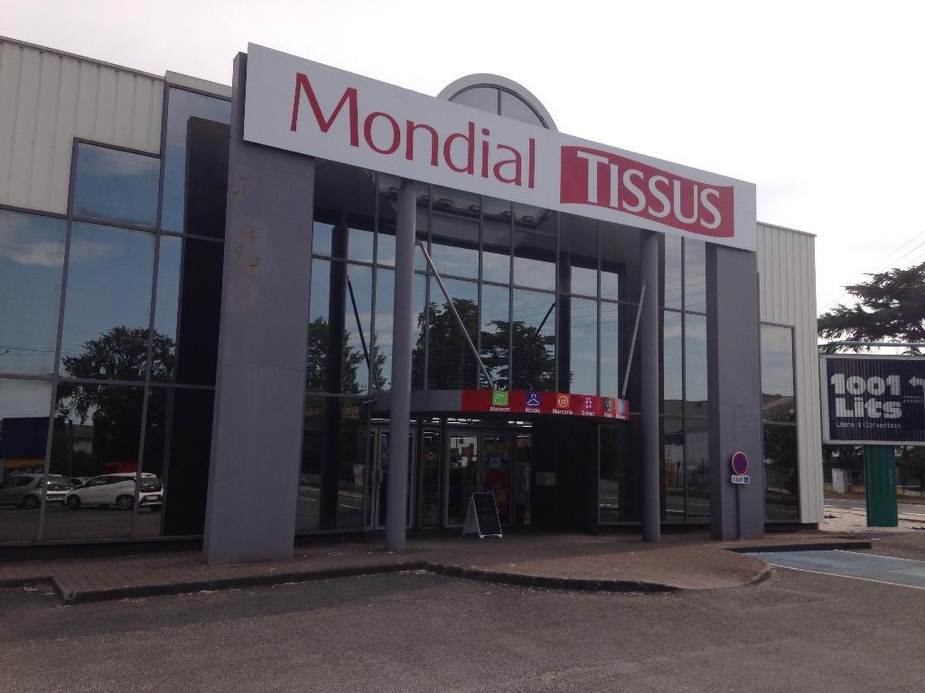 Mondial tissus tissus au m tre 208 avenue marne 33700 m rignac adresse horaire - Mondial tissu nantes horaires ...