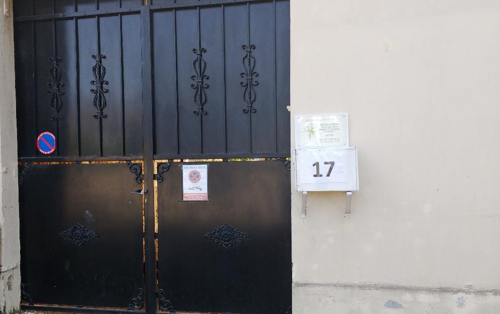 Arl te monteiro soins hors d 39 un cadre r glement 17 rue - Horaire piscine louviers ...