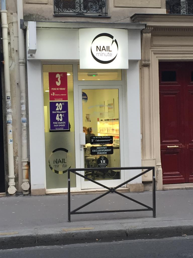 nail minute manucure 15 rue des belles feuilles 75016 paris adresse horaire. Black Bedroom Furniture Sets. Home Design Ideas