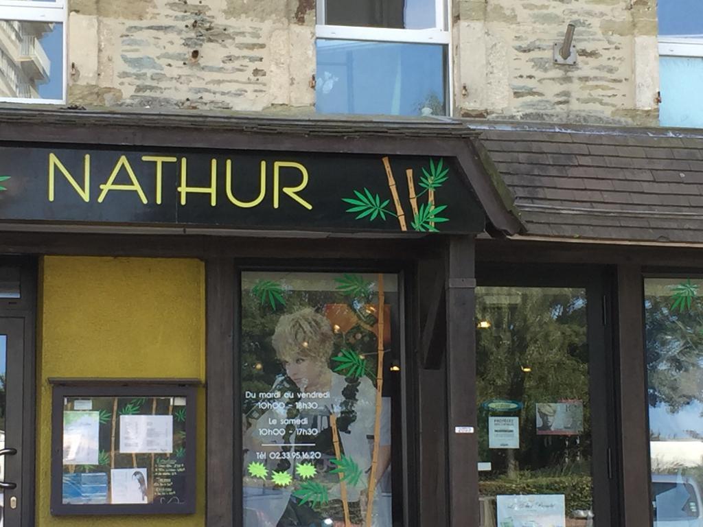 Nathur coiffeur 27 rue abbaye 50100 cherbourg en cotentin adresse horaire - Salon coiffure rue st laurent ...
