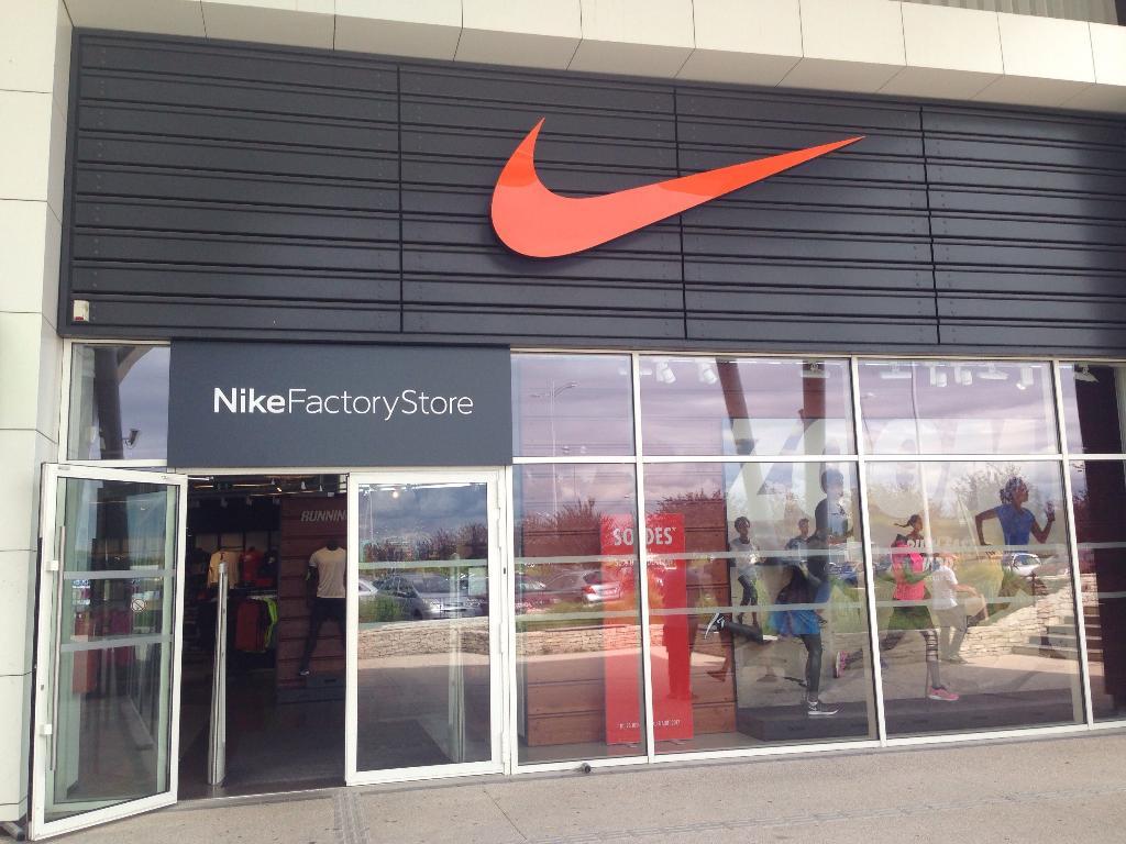 boutique nike dijon