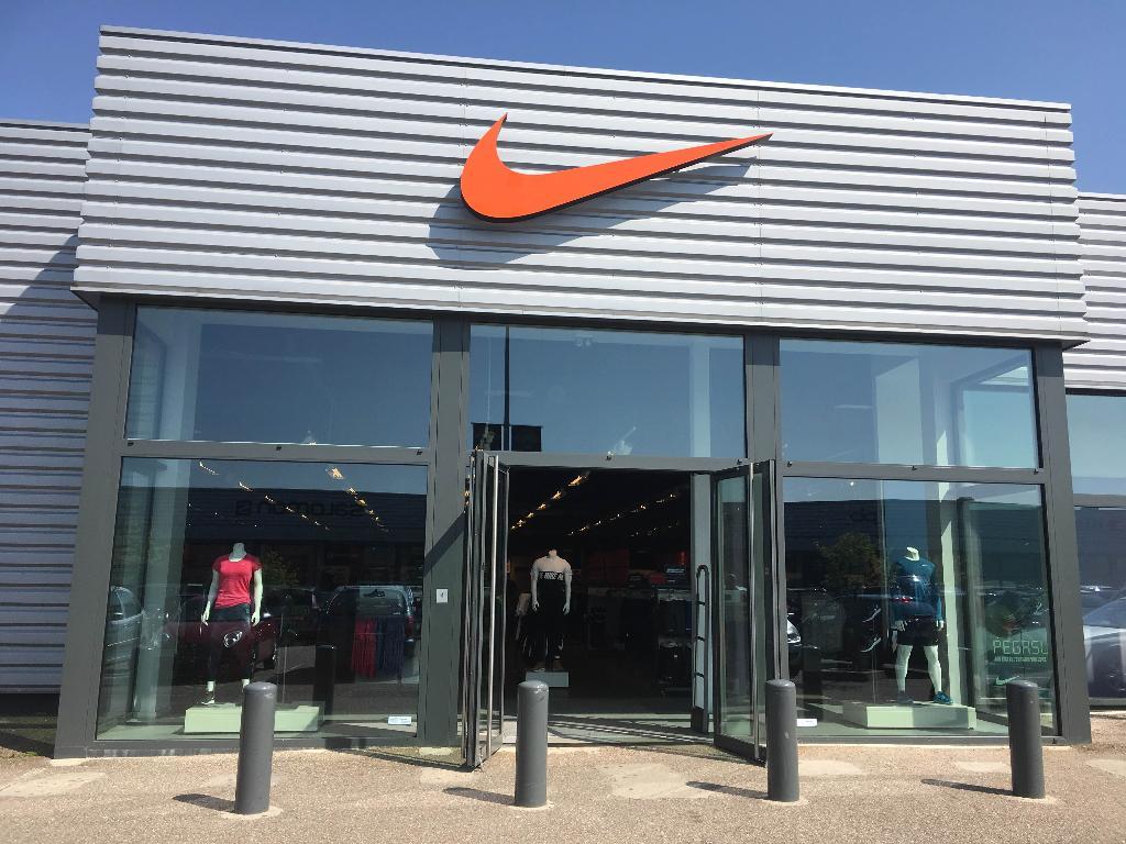 StoreZi Talange Nike Magasin Hauconcourt57525 Factory Yfv7yIb6g