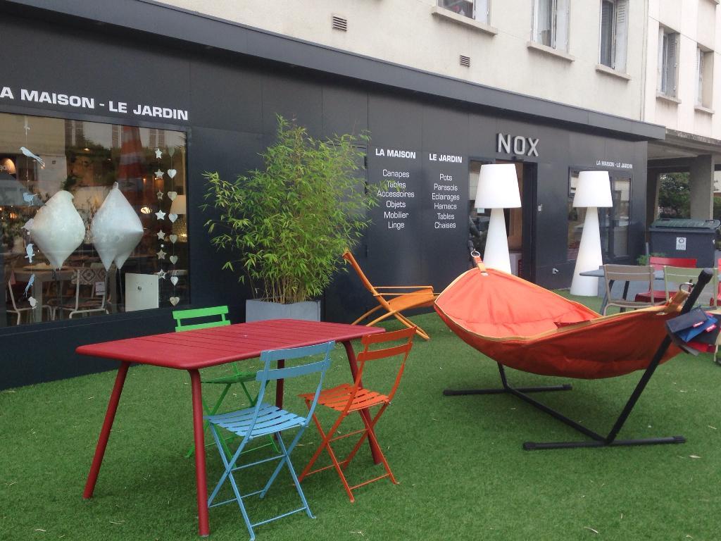 nox magasin de meubles 91 rue galli ni 92100 boulogne billancourt adresse horaire. Black Bedroom Furniture Sets. Home Design Ideas
