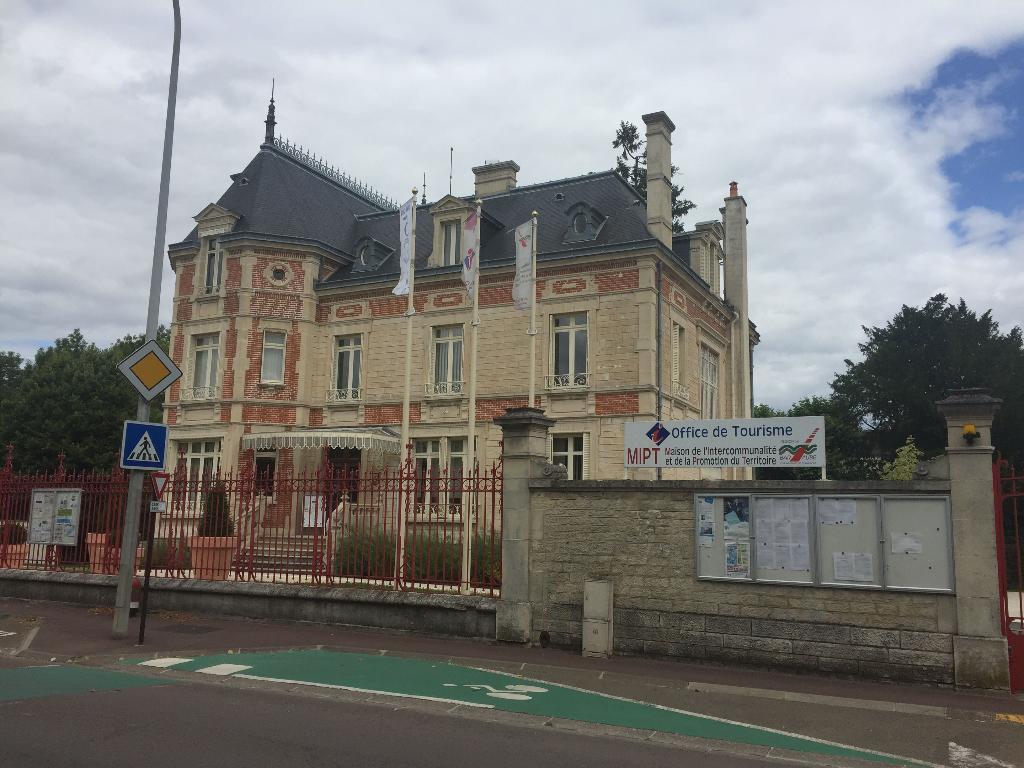 Office de tourisme office de tourisme et syndicat d 39 initiative 4 boulevard du 14 juillet - Office de tourisme verneuil sur avre ...