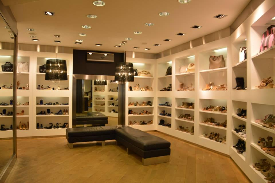 outre mesure chaussures 13 rue contrescarpe 44000 nantes adresse horaire. Black Bedroom Furniture Sets. Home Design Ideas