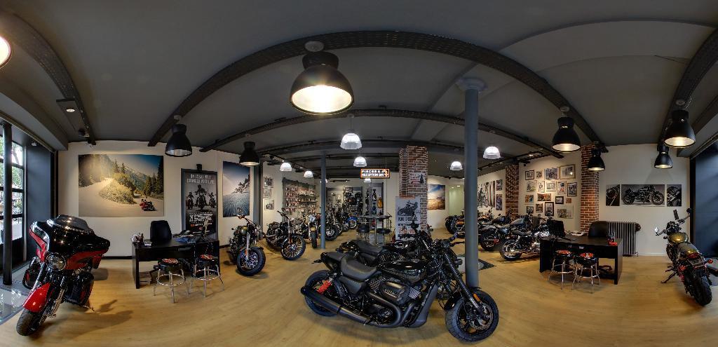 antique trading supply agent concessionnaire motos et scooters 47 boulevard beaumarchais. Black Bedroom Furniture Sets. Home Design Ideas