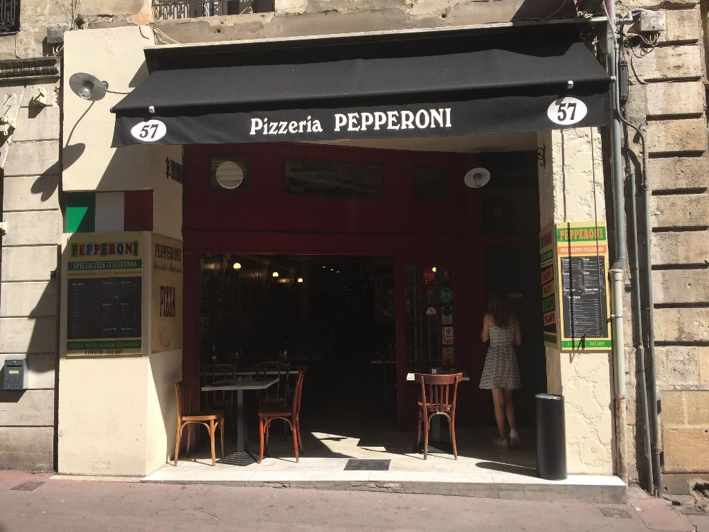 pepperoni restaurant 57 rue saint r mi 33000 bordeaux. Black Bedroom Furniture Sets. Home Design Ideas