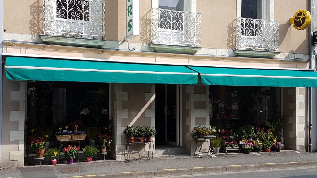 Alstroemeria fleuriste 18 rue nantes 44130 blain for Adresse fleuriste