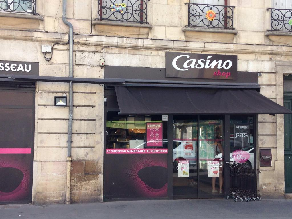 Casino boulevard clemenceau dijon body paint poker