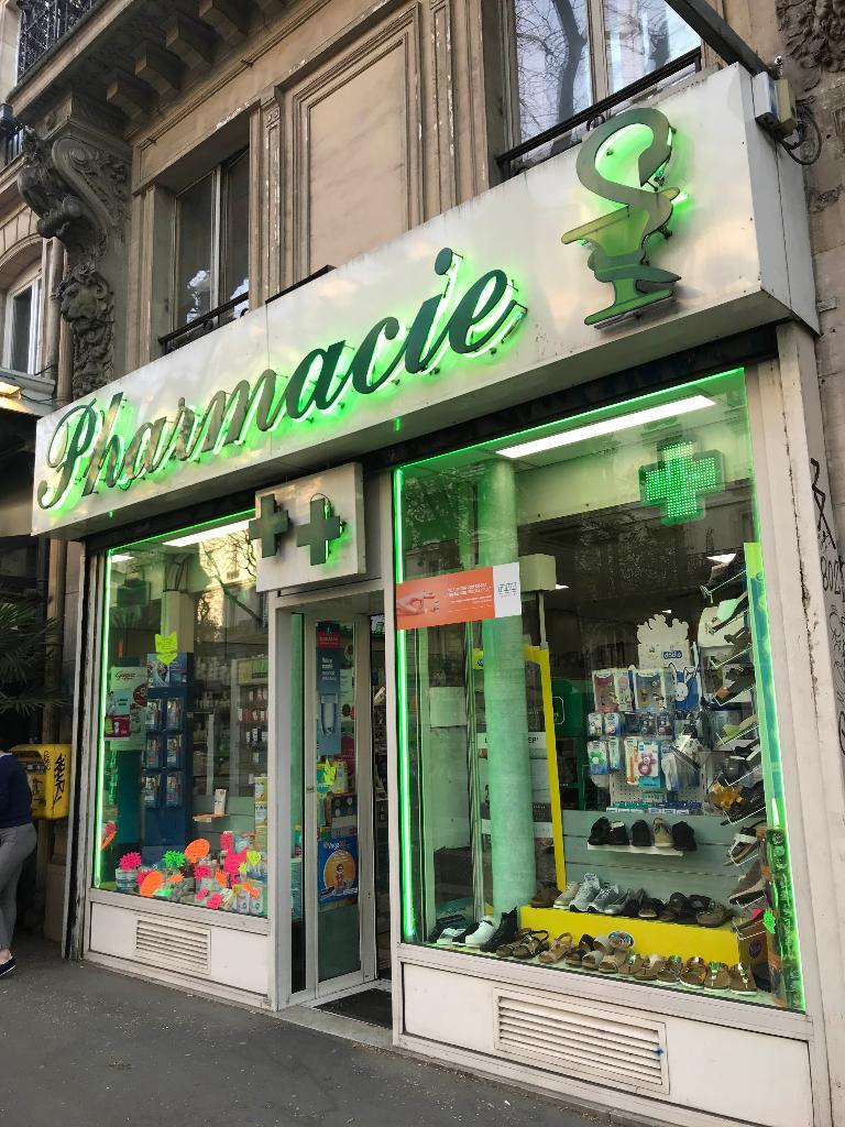 pharmacie herboristerie paris 10e arrondissement horaires et infos. Black Bedroom Furniture Sets. Home Design Ideas