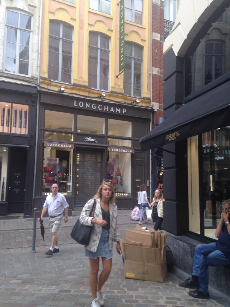PHILIPPE GONAY LILLE - Coiffeur 15 rue Curu00e9 Saint Etienne 59000 Lille - Adresse Horaire