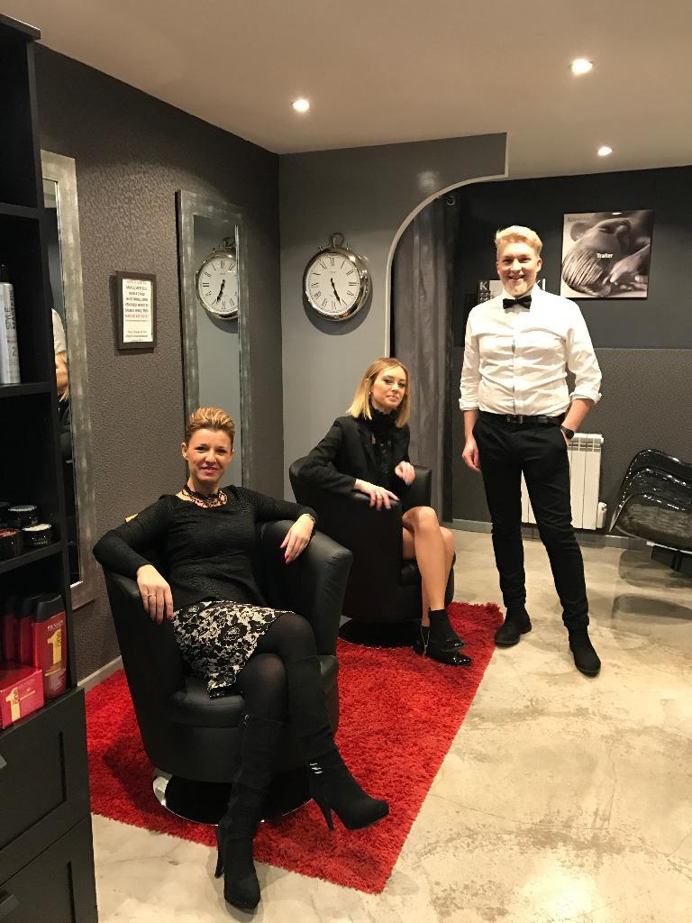 pin up rouen. Black Bedroom Furniture Sets. Home Design Ideas