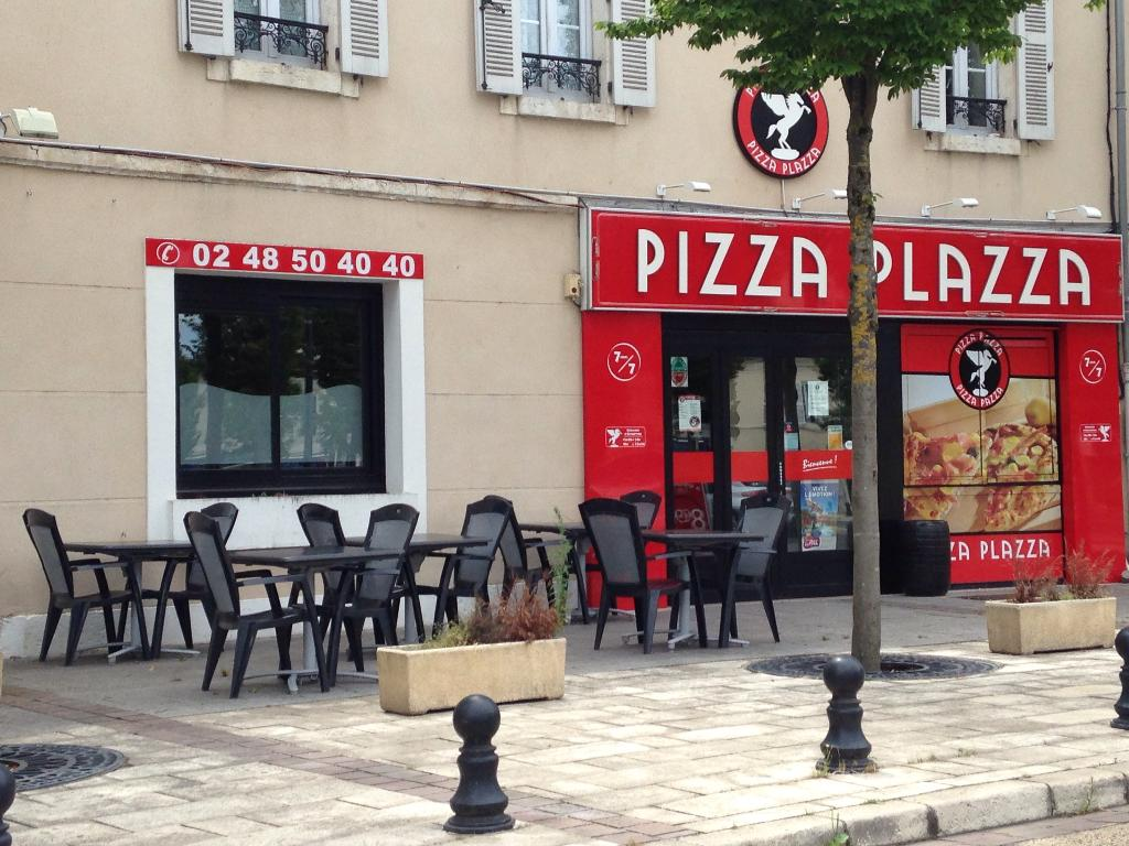 pizza plazza restaurant 6 place malus 18000 bourges adresse horaire. Black Bedroom Furniture Sets. Home Design Ideas